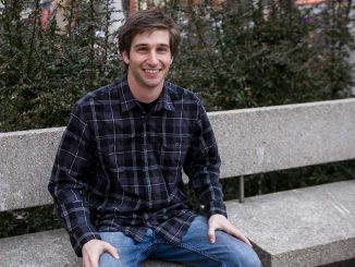 Junior legal studies major Alex Salter has bartended for eight months at R2L, a restaurant in Center City. He went to bartending school in Allentown, Pa.   KATE McCANN / TTN