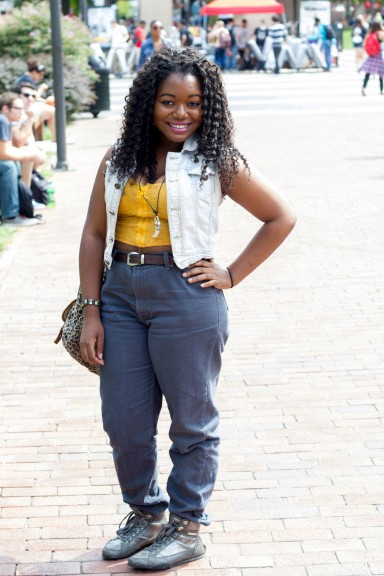 Stephanie Onuaguluchi tries to incorporate her summer wardrobe during fall. | Luis Fernando Rodriguez TTN