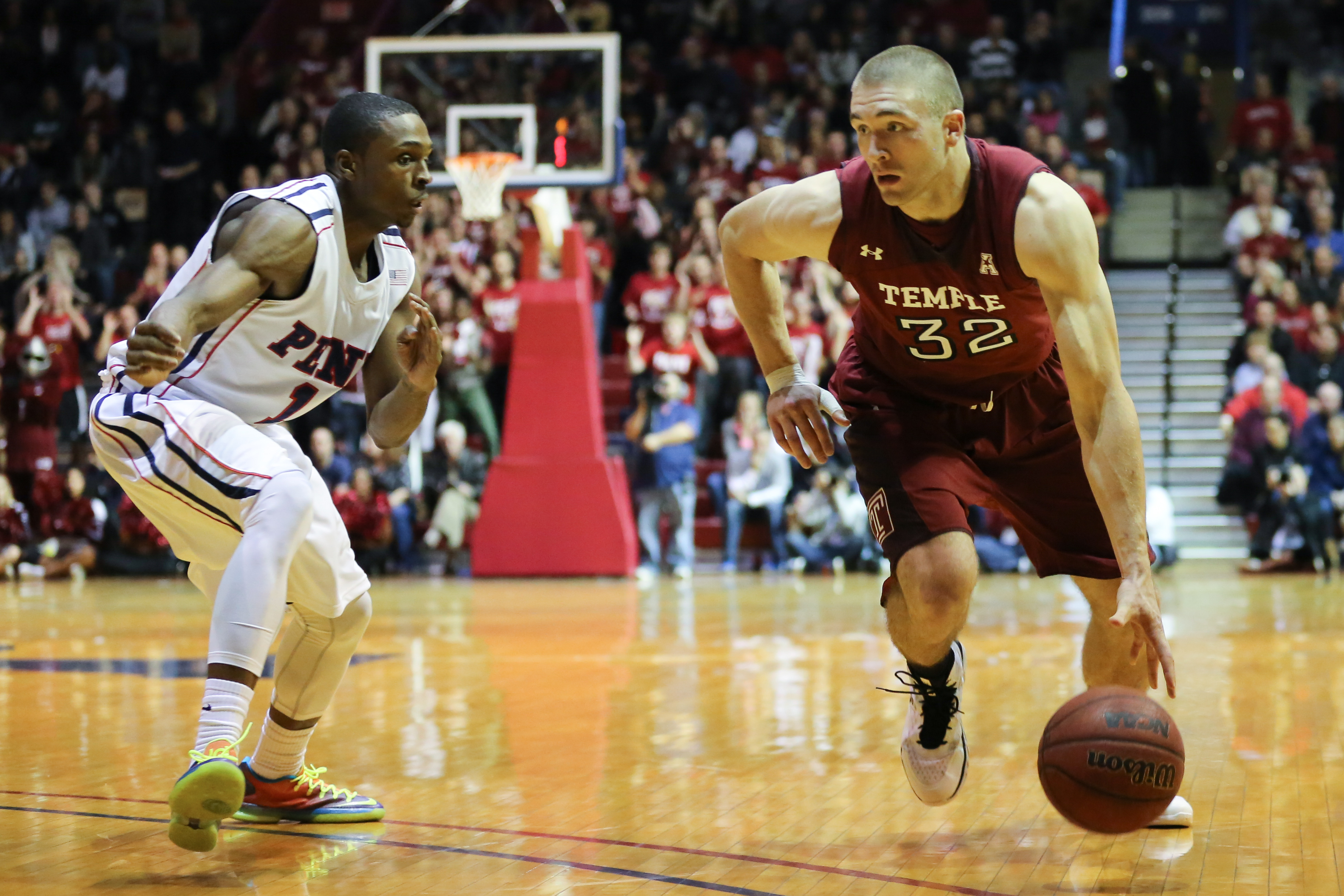 Senior guard Dalton Pepper (right) set career highs in points, rebounds and minutes. // HUA ZONG // TTN