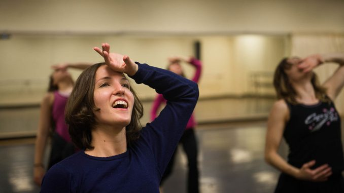 Alumna Emma MacDonald rehearses for the National Water Dance this past Saturday on Main Campus. The show will be held at the Race Street Pier. | Abi Reimold TTN
