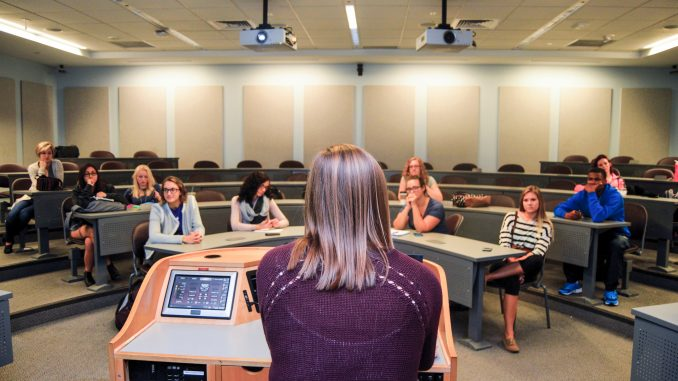Members of Art of Business, Business of Art met on Oct. 3 to discuss plans for the semester. Greg Frangipani |TTN