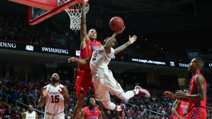 Senior guard Will Cummings drives to the basket during the Owls' 77-59 win against Louisiana Tech last Wednesday night. Cummings had 15 points and six assists in the win. | Jenny Kerrigan TTN