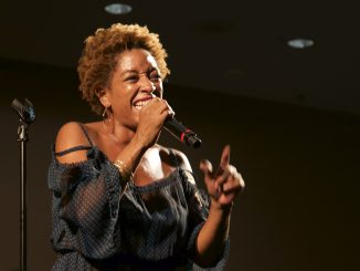 Julie Dexter performed free-form jazz and scatt at the Kimmel Arts Center Sept. 8. | Brian Tom TTN